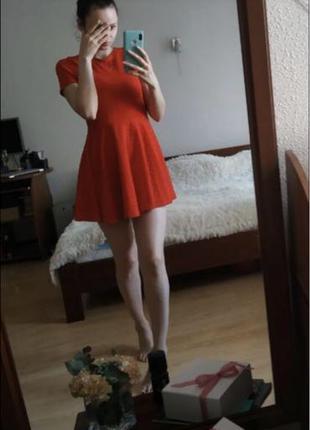 Стильное новое красное платье размер S/M