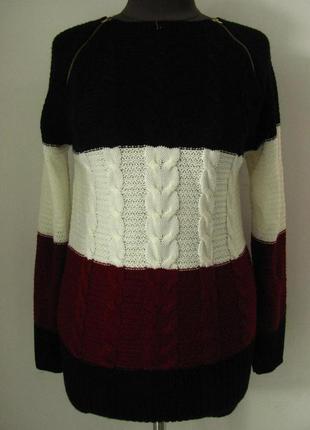 Свитер вязанный трехцветный, вязка не плотная, весна-осень-зим...