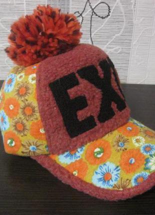 Дизайнерская теплая шапка кепка бейсболка кеппи козырёк+бумбон...