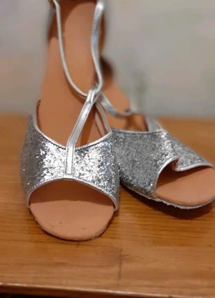 26см Бальные туфли, новые