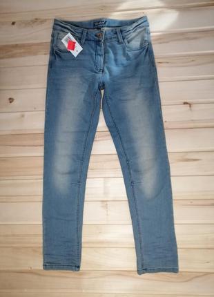 Плотные джинсы для девочки подростка