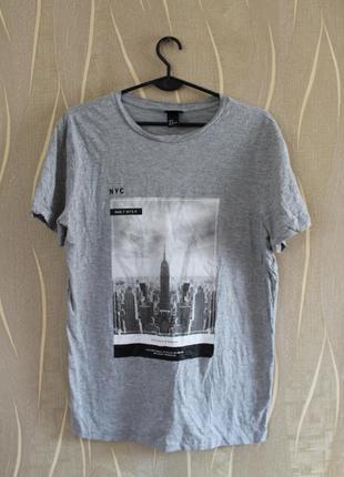 Превосходная серая мужская футболка h&m