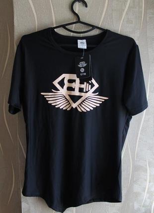 Топовая мужская фитнес футболка с крутым дизайном в стиле aest...