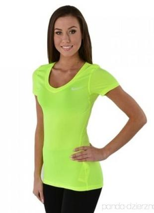 Красивейшая ярка женская спортивная футболка цвета лайма nike ...