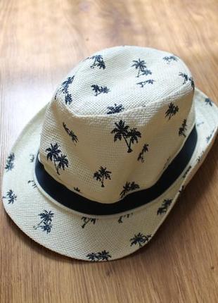 Неповторимая легкая летняя шляпа бежевого цвета в пальмы h&m