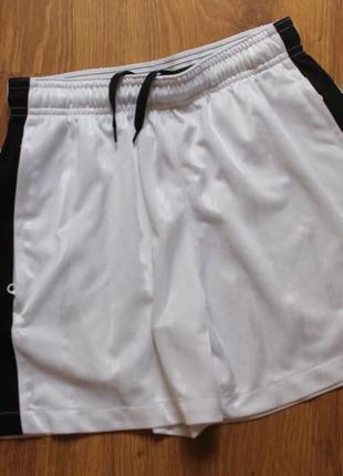 Поразительные белоснежные детские шорты с карманами nike dry s...
