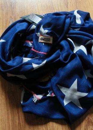 Красивейший шарф/платок от супербренда tommy hilfiger в звезды