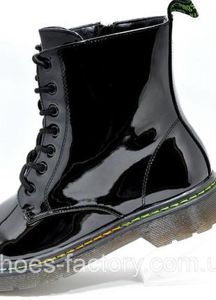 Женские ботинки в стиле Dr. Martens, Доктор Мартинс