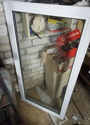 Металлопластиковое окно 700х1350 с подоконником