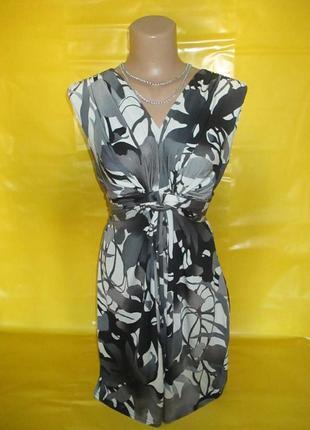Очень красивое женское платье !!!!!!!