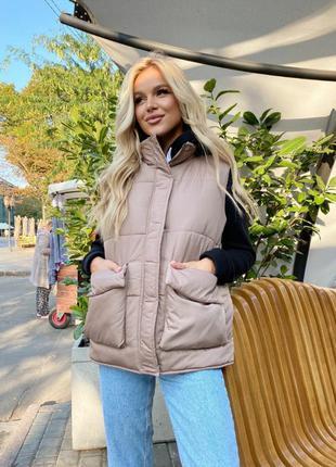 Жилетка женска с накладными карманами 327