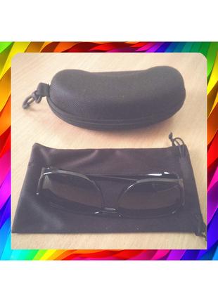 Стильные солнцезащитные очки Polaroid