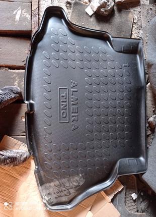 Коврик в багажник для Nissan Almera.