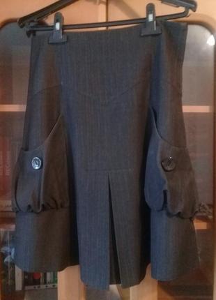 Красивая юбка с необычными карманами