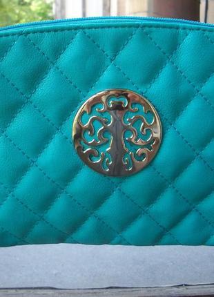 Классная  сумочка-клатч красивый цвет