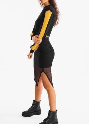 Черный укороченный свитшот с сеткой бренд C&A