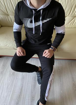 Спортивный костюм nike мужской с белыми лампасами