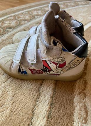 Кроссовки детские(30 размер)