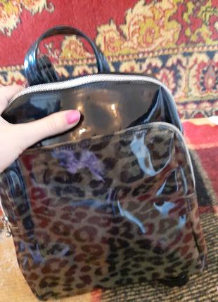 Продам женские рюкзаки