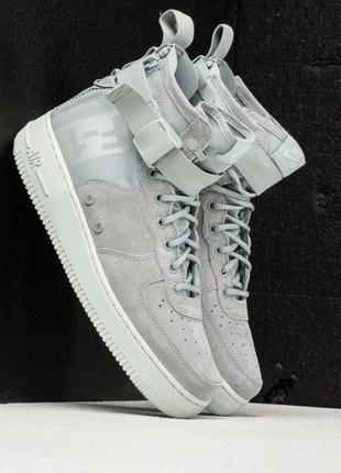 Nike w sf af1 mid- light pumice