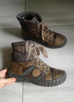 Удобные ботинки Rebel