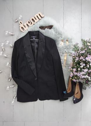 Актуальный приталенный пиджак жакет с сатиновыми лацканами №26