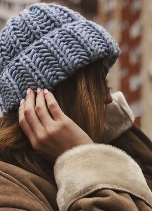 Обьемная шапка зимняя крупной вязки