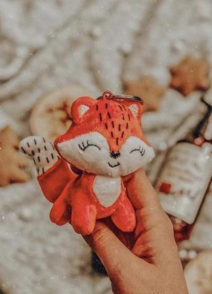 Новорічна лисичка іграшка-брелок ів роше ив роше yves rocher