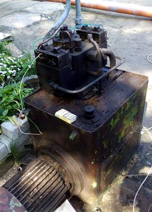 Маслостанцыя гидравлическая с двигателем, рабочая