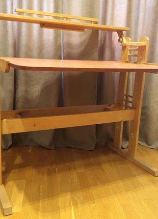 Деревянный стол / парта