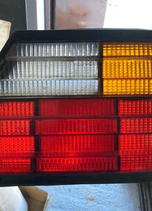 Задний фонарь Mercedes W124 фонари