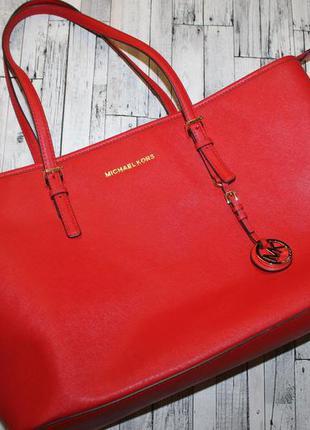 Огромная сумка michael kors jet set travel saffiano leather to...