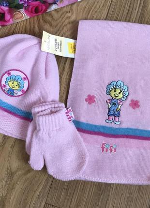 Классный набор на 2-3 годика шапочка шарф и рукавички