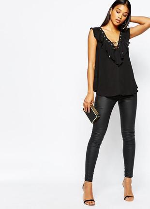 Новая черная блузка с оборками и декольте на шнуровке asos lip...