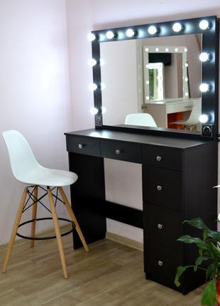 Макияжный гримерный туалетный визажный столик стол визажиста