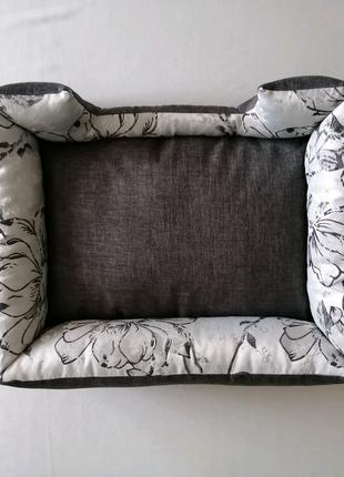 Лежак для собак мелких пород серый