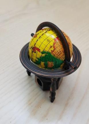 Точилка глобус