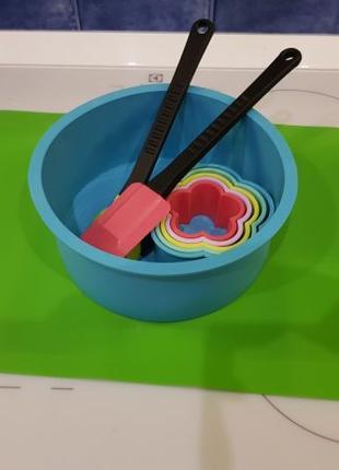 Набор силиконовая форма, пластмассовая форма, лопатки и силико...