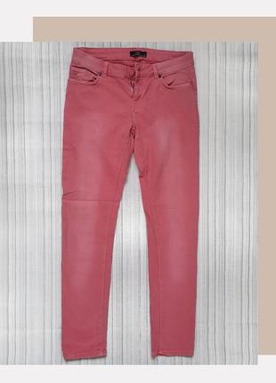 Розовые джинсы от Loft
