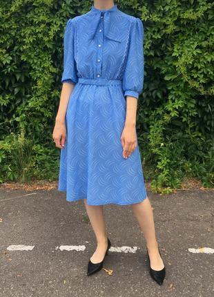 Винтажное голубое платье
