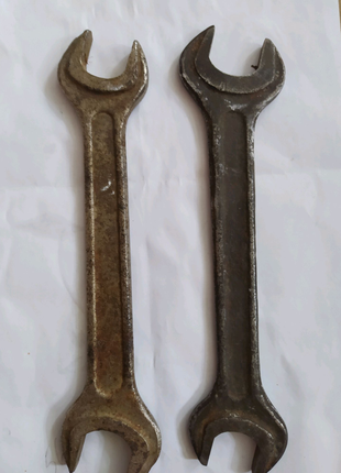 Ключ рожковий
