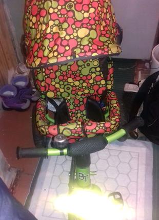 Велосипед детский трёхколёсный с родительской ручкой