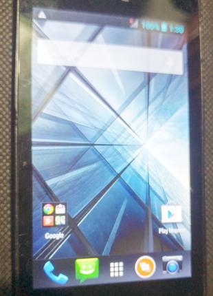 Добротный смартфон HTC Desire 210 на две симкарты