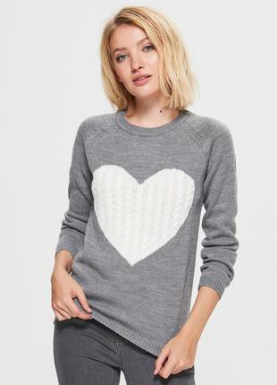 Серый свитер с сердцем cropp