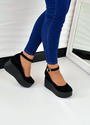 Туфли,  босоножки на танкетке натуральная замша черные