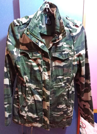 Курточка камуфляж
