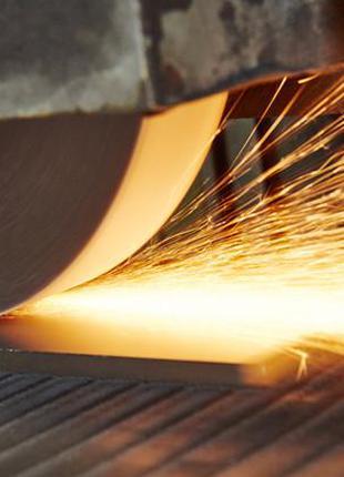 Плоске шліфування деталей з металу