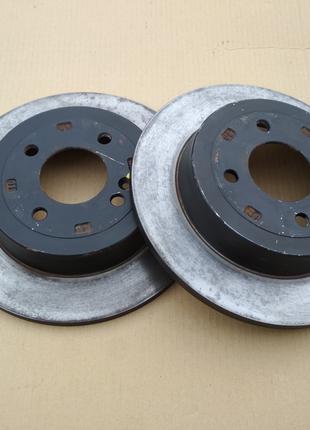 Задние тормозные диски Hyundai Accent/Solaris ,Kia Rio