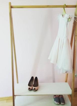 Вішалка для одягу,та взуття