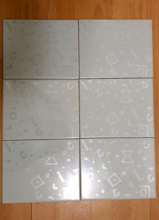 Плитка облицовочная 30 штук 1,5 метра квадратн  200х250х6,7